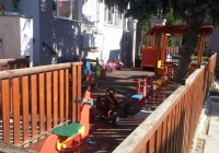 Játszóház kert